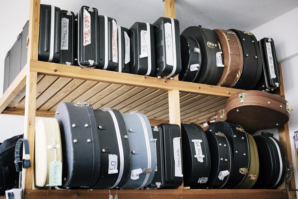 Classic Guitars-0003