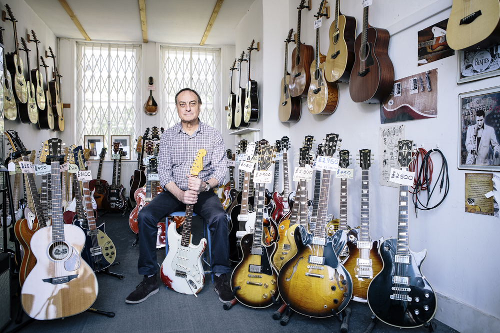 Classic Guitars-2755