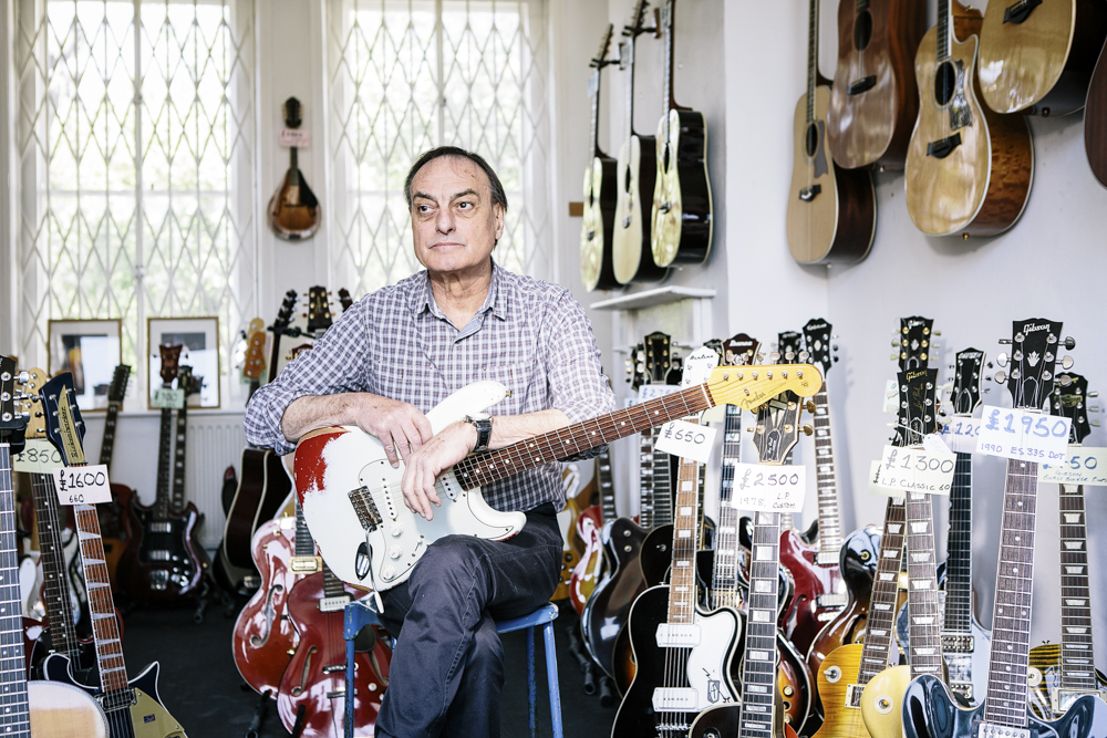 Classic Guitars-2774