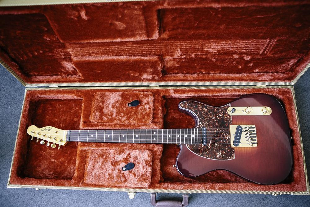 Classic Guitars-2809