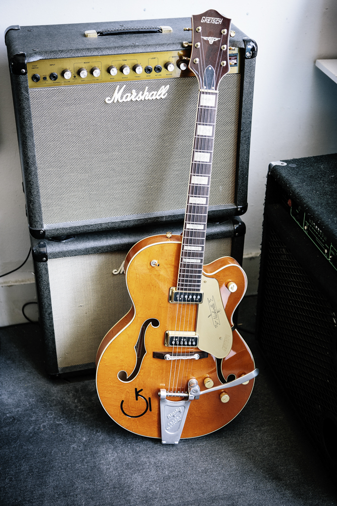 Classic Guitars-2836